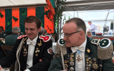 Regimentskommadeur-Adjudant